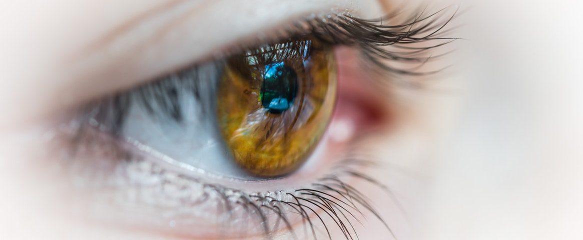Qué tipo de líquido necesitan tus lentillas de contacto