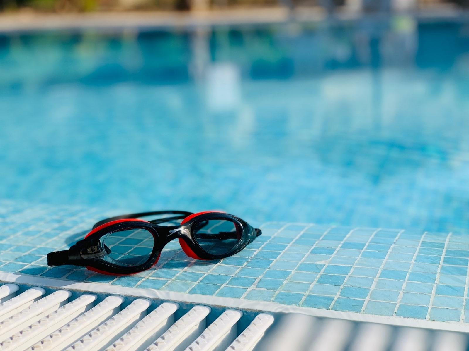 gafas de piscina